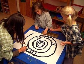 farbenschnecke kindergarten ideen. Black Bedroom Furniture Sets. Home Design Ideas